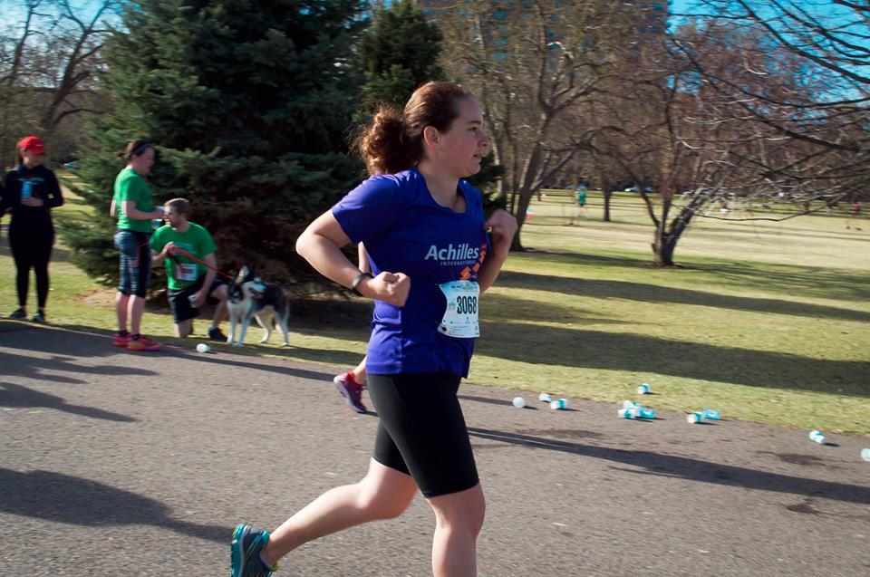 Jessica Beecham running a race.